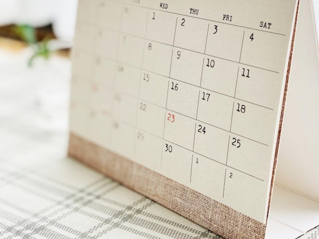 滋賀県でホームページ制作をするにあたり納期の重要性を伝えるカレンダー